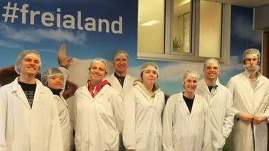 International students visiting the Freia Chocolate Factory.